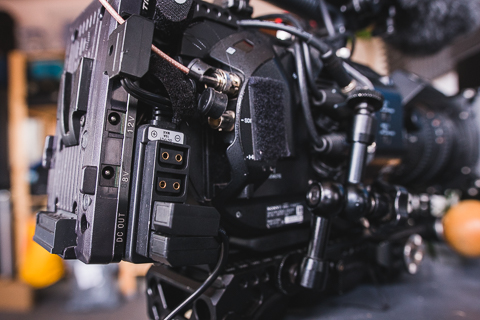 FS7 with adapted battery plate